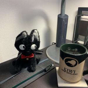 2020.9.22 黒猫のジジはきょうもそこにいる