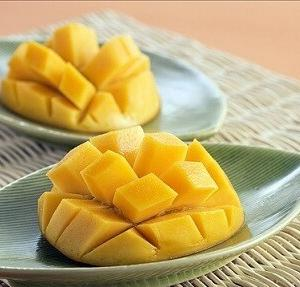 【太陽のタマゴ】宮崎県産マンゴーを親へのお中元に~ピーチパインもおススメ