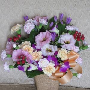 弟夫婦からお花が届きました 敬老の日ですね