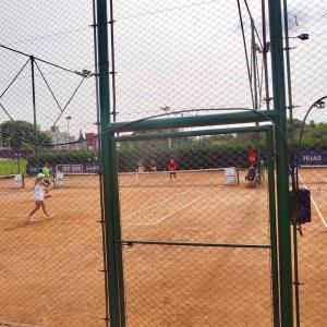 コルドバでテニスをしよう!コートとテニス用品店まとめ