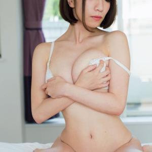 【H-cup】清水あいり(B90)童貞を殺す空手家!でかすぎオッパイも完全に武器wwwww