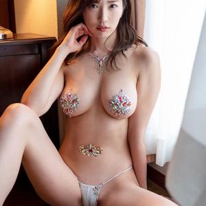 【F-cup】松嶋えいみ(B87)ほぼ全裸な下乳露出下着での擬似セックスがエロすぎる動画