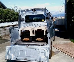 デッキバン 猟犬輸送箱!