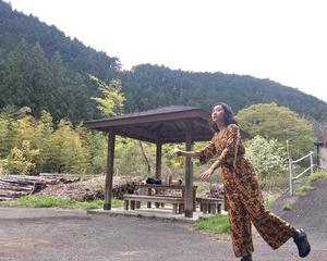 「貴族探偵」 10話 ② 井川遥さん、木南晴夏さんの衣装(ジャケット、キャミソール)は?