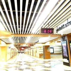 朝の京都駅にて