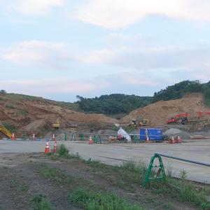 【2021年開業予定】「ポルシェ・エクスペリエンスセンター・ジャパン」の工事が始まっています