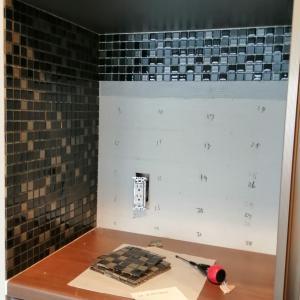 DIY キッチンにタイルを貼る その3施工