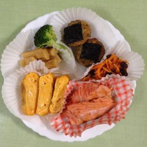 鶏の磯部焼きと紅鮭
