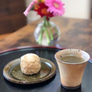 今日のティータイム~仙太郎のおはぎと朝宮茶~