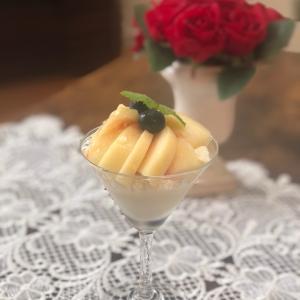 今日のおやつ~桃パフェを作りました~