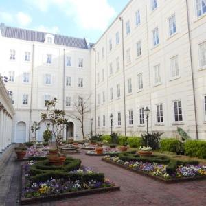 ハウステンボス夢旅日記 INDEX 2・・・クラブフロア紹介1…その6からその8まで。ホテルアムステルダムはパーク内唯一の公式ホテルで特別フロアはローラアシュレイのファブリックのお部屋です。