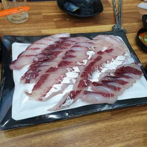 【龍仁】 オシジャン「어시장」 ボラって食べるの? 火事から復活したお店で刺身食べてきました