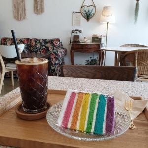 【龍仁】 Fillette「피에트」 ちょっと前に流行ったレインボーケーキ^^ ここどんだけ通うんだかwww