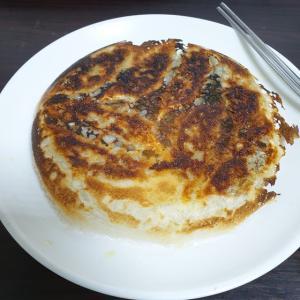 【韓国家ごもり】 羽根つき餃子って いいですよね~~~ だんだん下手になってるのはなぜ><