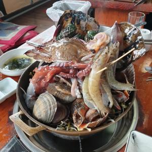 【水原】 軍浦ヘムルタン「군포해물탕」 これは豪華 ^^ 久しぶりにびっくりするような海鮮鍋食べてきました
