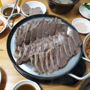【鍾路3街】 ナジュ元祖ソモリクッパッ 久しぶりに僕らしい ディープなお店でお肉食べてきました