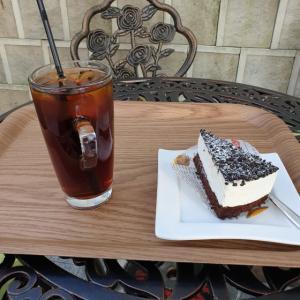【安国】 Cafe idhra「카페이드라」 おじいさんが一つ一つ丁寧に入れてくれるコーヒー美味しかったです ^^
