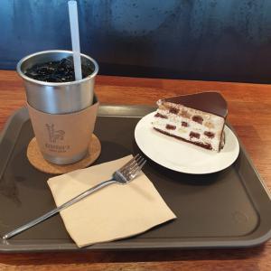 【龍仁】 カフェAUTSIN's「카페 어스틴」 田舎道歩いてると突然現れるおしゃれなカフェ リピです