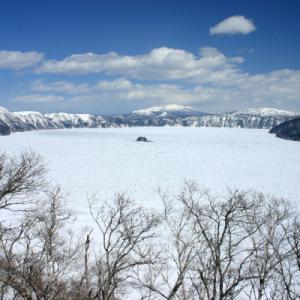 摩周湖の水は凍る?凍らない? 近年の実績と湖が全面結氷する仕組み