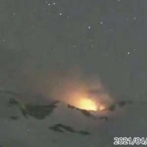 十勝岳で火映を確認!気象庁の火山監視カメラの画像をつなぎ合わせた動画が幻想的すぎる