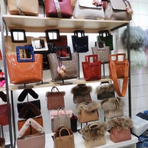 NPHは秋冬バッグが沢山売られてました〜(*゚▽゚)ノ