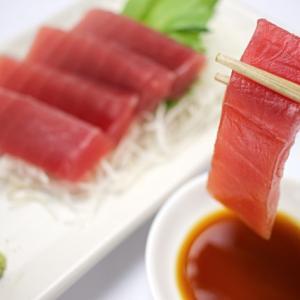 刺身・お寿司は何歳になったら食べていい?