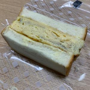 北千住コラボの厚焼き玉子サンド^_^