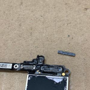 iPhone Repair コネクタ破損