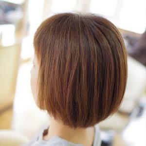 素髪縮毛矯正ストパー!リアルな2ヵ月後♪まだまだ✨きれいが続くOさん(^^♪…一般の人は 縮毛矯正のモチに注意❗️