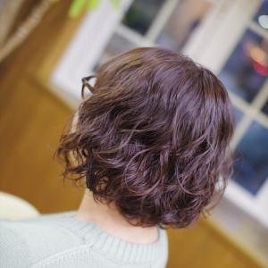 素髪ケアがあるとき&ないときで変わる♪…春を先取り🌸ふわふわパーマ似合いすぎ〜kさん👍✨