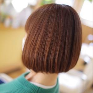 すっぴん髪ミニボブ♪大人カラー&カットで、若くて可愛いが続く👍✨その秘訣は。。