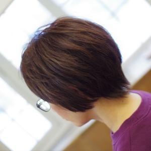 素髪ケア始めてダメージ改善〜髪も心も前向きに♪ヘアスタイル変えて若返って👍✨よかった~♪───O(≧∇≦)O────♪