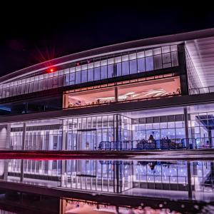 オープンした金沢クルーズターミナルの夜景