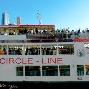 ニューヨークの夜景を船から楽しむ ナイトクルーズ(サークルラインクルーズ)