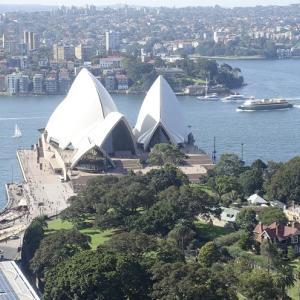 シドニー湾が一望できる 風光明媚を求めるならインターコンチネンタル・シドニー クラブルーム