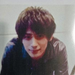 【画像】新潟でキャバ嬢刺殺した指名手配犯、ガチでイケメンすぎてわろたwwwww