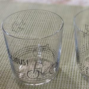 可愛い薄はりのグラス