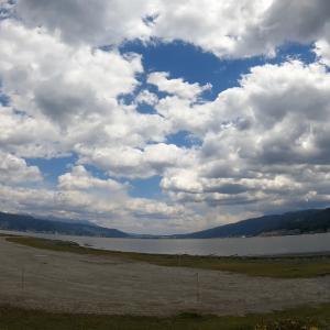 高ボッチの朝と午後の諏訪湖畔