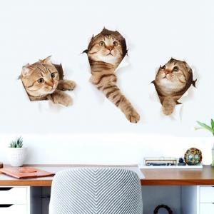 【巨大な子猫も】ウォールステッカーで部屋にインパクトを!