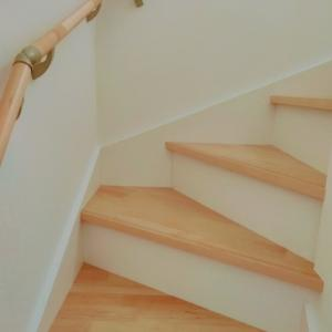 階段下収納を見直しました