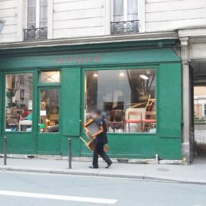 パリでの椅子張替えから10年