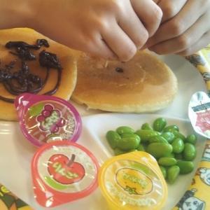 ガストとCoCo壱番屋のお子様ランチとナン~食事用マスクする?