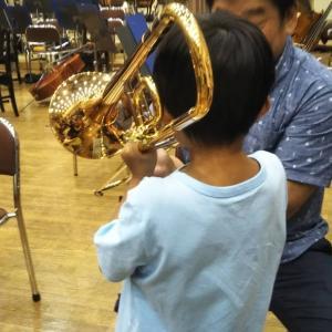 オーケストラ体験教室(大阪フィルハーモニー交響楽団)へ