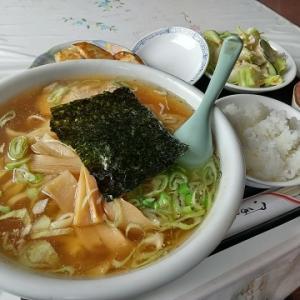 「東京飯店」さんの「ラーメン・餃子セット」