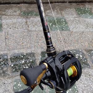 雨上がりのタコ釣りは河口じゃなくて漁港!!
