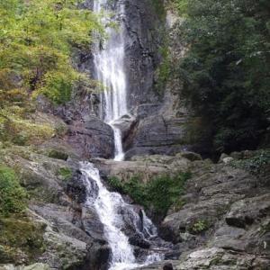 六十数年ぶり 菅生の滝