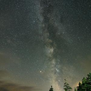 朱鞠内湖畔キャンプ場で星空撮影!夏の夜空を彩る天の川を観察