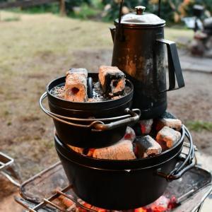 ダッチオーブン6インチの使い勝手の良さはソロキャンプに限らない