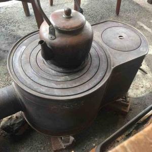 福島の自家焙煎コーヒー豆屋さん。畑の横にプレハブ!?