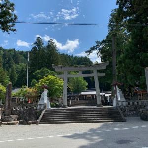 ワンコと一緒に夏旅 3 飛騨一ノ宮水無神社にお参りしました。